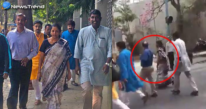 Nirmala sitharaman walked restaurant for meal