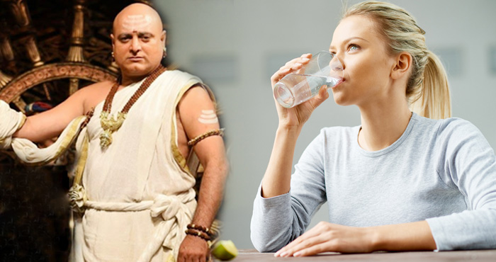 चाणक्य नीति: इस समय पानी पीना होता है अमृत के समान, शरीर को होते हैं ये लाभ