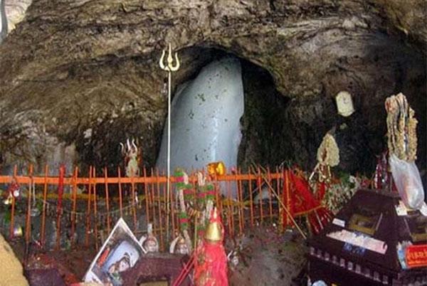 भगवान शिव के हर भक्त को पता होनी चाहिए अमरनाथ गुफा से जुड़ी हुई ये 6 रहस्यमयी बातें
