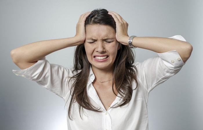 सिर दर्द कैसा भी क्यों न हो, अपनाएं बस ये नुस्खा, मिनटों में गायब हो जाएगा दर्द