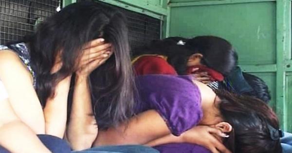 सेक्स रैकेट का पर्दाफाश, कुछ ऐसी हालत में मिली थाई और मिजो लड़कियां, नहीं होगा भरोसा