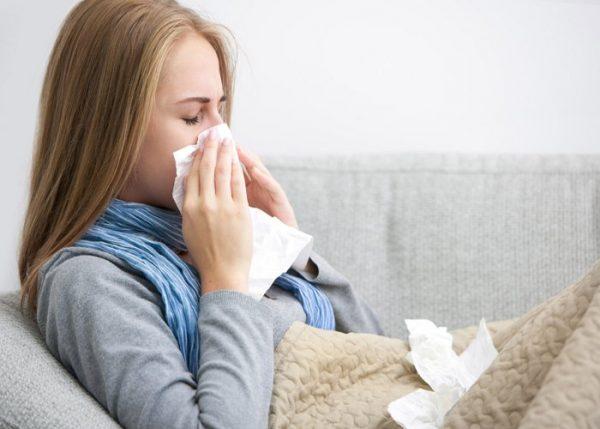 सर्दी जुखाम से हैं परेशान तो इन 5 घरेलू उपाय से करें दूर, जानिए कैसे करें बचाव इससे?