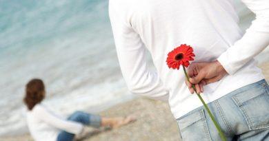 अगर आप नहीं कर पाती हैं अपने प्यार का इजहार, तो इन तरीकों से कहें अपने पार्टनर से दिल की बात