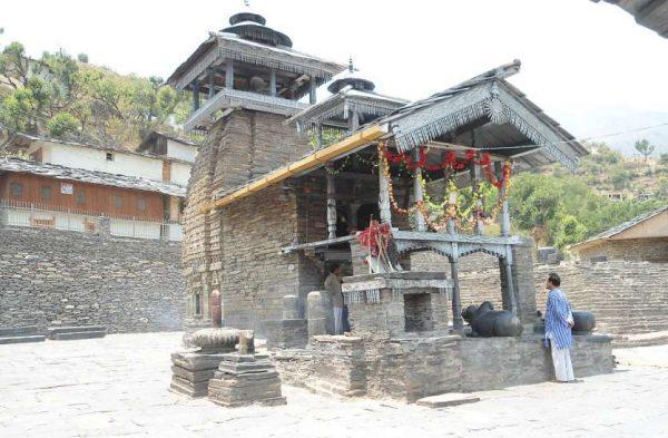 भगवान शिव का ऐसा चमत्कारी मंदिर जहाँ आराधना करने वाला कोई भी व्यक्ति ख़ाली हाथ नहीं लौटता है