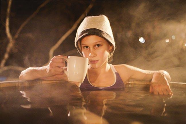 गर्म पानी पीने के नुकसान