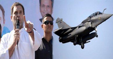 राजनीतिक गलियारे में राफ़ेल विमान के विवादों के बीच फ़्रांस के तीन राफ़ेल विमान पहुँचे भारत