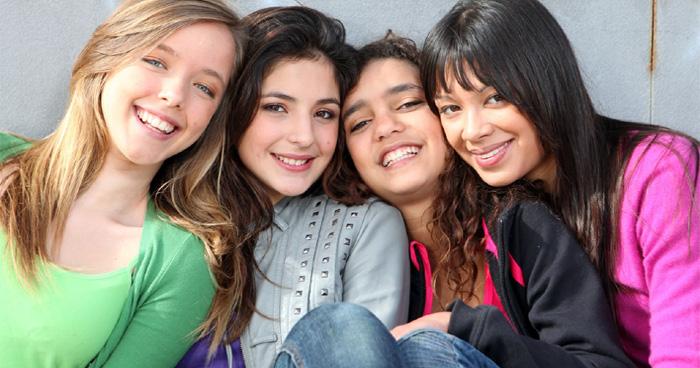 इन 5 चीजों की दीवानी होती हैं लड़कियां, जब तक आप देंगे रहेंगी आपके साथ