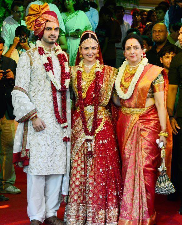 Hema Malini's daughter isha deol marriage photograph