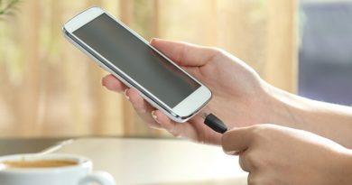 तीन साल तक नहीं चार्ज करना पड़ेगा स्मार्टफोन, पढ़ें खबर
