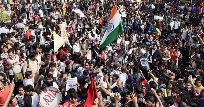 देश का हर नागरिक गद्दार है जो करता है ये काम, सच्चे भारतीय को नहीं करने चाहिए ये काम