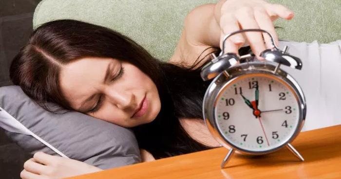 सुबह उठना है कष्टकारी, तो आप को है ये गंभीर बीमारी