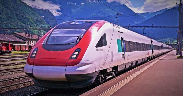 """Photo of पीएम मोदी के सपने को साकार करने वालीमेक इन इंडिया""""ट्रेन 18"""" काट्राइल शुरू,जाने इसकी खासियत"""