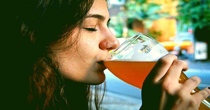 कोल्ड्रिंक पीने के होते हैं इतने गंभीर नुकसान, जानने के बाद हाथ भी नहीं लगाएंगे आप