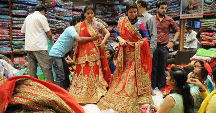 शादी की शापिंग कर रहे हैं तो दिल्ली की इन बेस्ट मार्केट में जाना ना भूलें