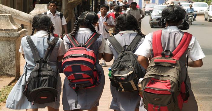 अब बच्चों को मिल जाएगा भारी स्कूल बैग से निजात, सरकार ने बनाए नए नियम