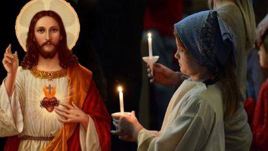 जानें क्यों क्रिसमस में जलाते हैं प्रभु यीशू के सामने कैंडल, साथ ही घर पर बनाएं टेस्टी केक
