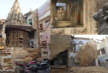 खोदा मकान निकला मंदिर, काशी विश्वनाथ से भी बड़ा शिवलिंग
