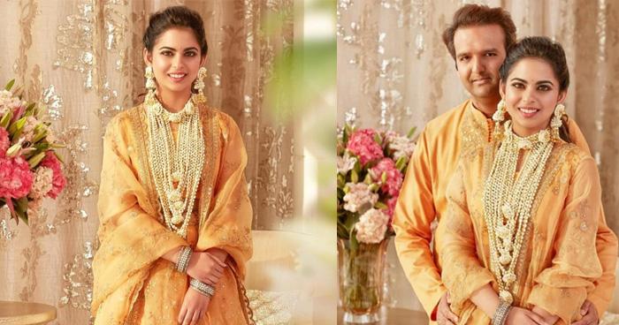 शादी के एक महीने बाद आई ईशा की हल्दी सेरेमनी की फोटोज, लुक के सामने फेल थीं दीपिका और प्रियंका