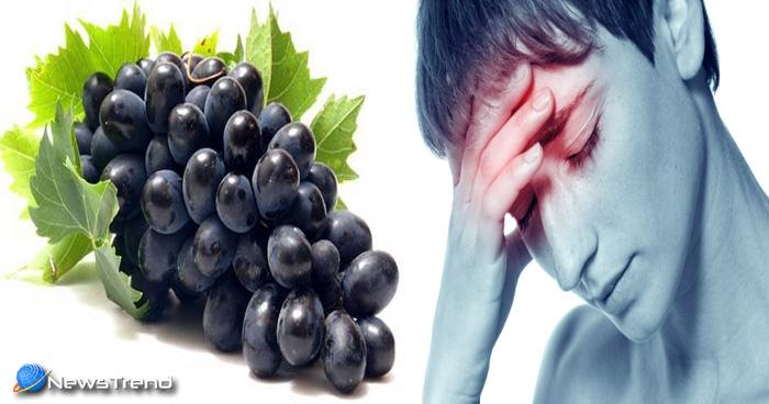 खट्टा मिठा और रस से भरा काला अंगूर है सेहत का राजा, खानें से मिलते हैं कई फायदे