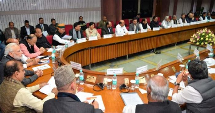 पुलवामा हमला: संसद में पीएम मोदी ने की सभी पार्टियों के साथ मीटिंग, लिए गये ये 3 बड़े फैसले