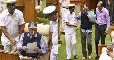 गोवा के सीएम मनोहर परिर्कर को हुई खून की उल्टी, कांग्रेस की मांग- स्वास्थ्य बुलेटिन जारी करे सरकार