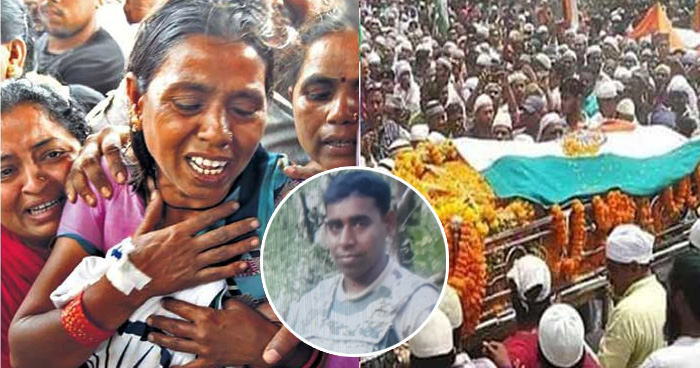 Photo of शहीद हुआ धनबाद का वीर जवान, घर पहुंचा शव तो तिरंगे को छाती से लगाकर दहाड़े मारकर रोने लगी मां