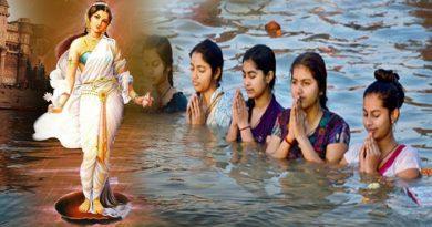गंगा स्नान करना होता है बेहद ही शुभ, गंगा में डुबती लगाते ही खत्म हो जाते हैं ये 10 तरह के पाप