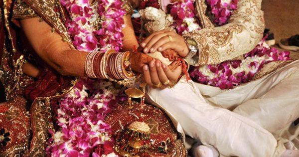 Photo of सुखी विवाहित जीवन के लिए जरूरी है जीवन में ये 5 तरह की भावना