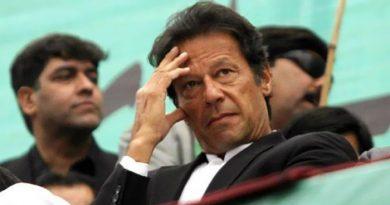 डींगे हाकने के दौरान पाक PM ईमरान खान ने गलती से कबूली भारत की बालकोट एयरस्ट्राइक, उड़ा खूब मजाक