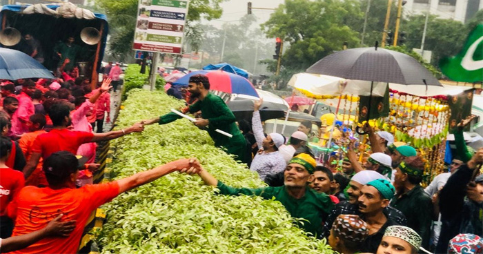 Photo of गणेश उत्सव और मुहर्रम की ये तस्वीर जीत रही लोगो का दिल, जानिए क्या हैं इसमें ख़ास