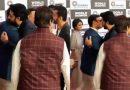 Video: अभिषेक ने लगाया विवेक को गले, लोग बोले 'बीवी के पूर्वप्रेम से ऐसे कौन मिलता हैं भाई'