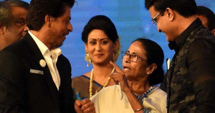 Photo of शाहरुख ने ममता बनर्जी को किया ये इशारा, तो नाराज़ होकर दीदी ने कहा- 'जाओ मैं तुमसे कट्टी..'