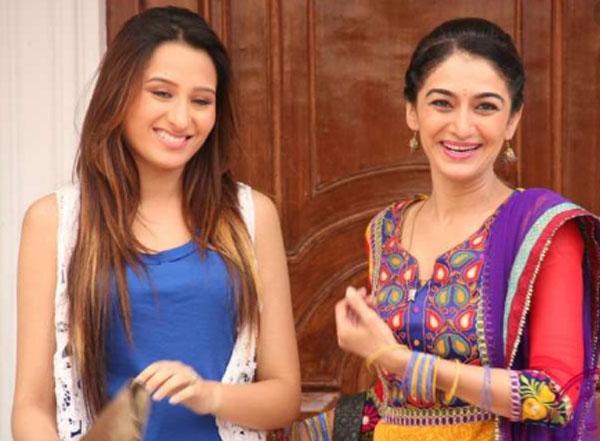 television actress mahira sharma