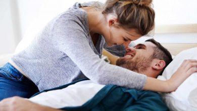 Photo of पति बेडरूम में भूलकर भी ना करे ये 7 गलतियां, बीवी से दूरियां बढ़ सकती हैं