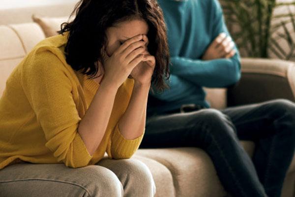 महिलाओं को भूलकर भी पति से नहीं कहनी चाहिए ये 5 बातें, शादीशूदा जिंदगी हो सकती है बर्बाद - Newstrend