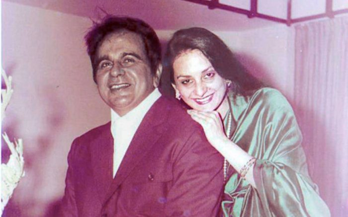 दिलीप कुमार की मौत की खबरों के बीच आया पत्नी सायरा बानों का बयान, मौत की  खबरों को बताया - Newstrend