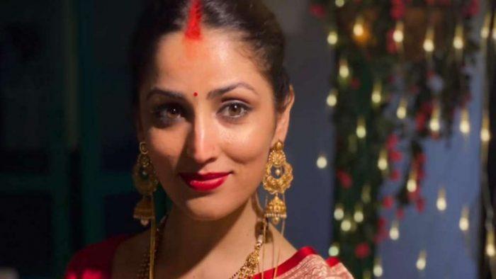 yami gautam in mother saree