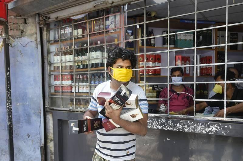 Delhi wine shop