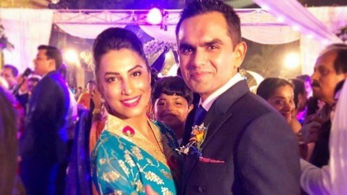 Sameer Vankhde Wife